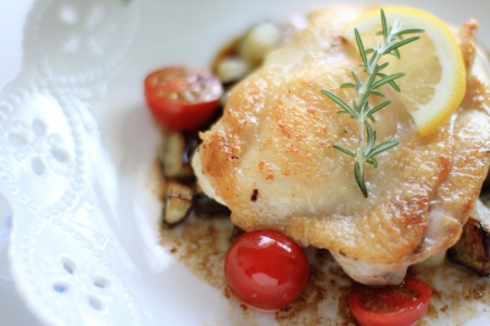 sautee: french food, chicken and rosemary sauteed