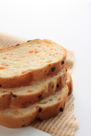 brea: slide of cheese bread