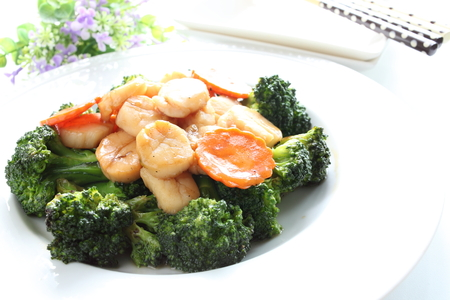 cuisines: Chinese food, broccoli and scallop stir fried