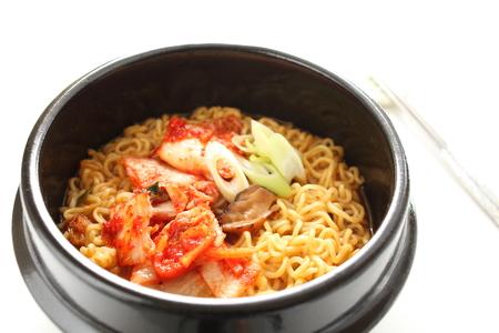 韓国キムチ ラーメン