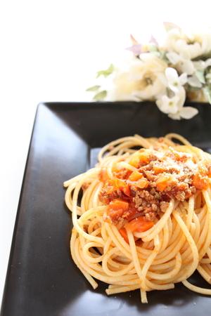 comida italiana: comida italiana, salsa de la carne y los espaguetis Foto de archivo