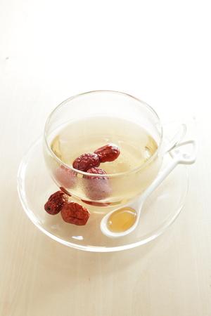 中国のハーブティー、蜂蜜ナツメ茶