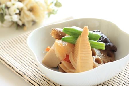 日本料理、煮野菜