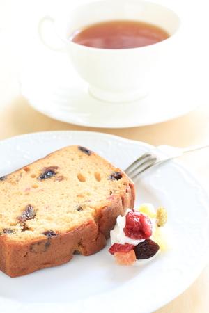 pound cake: Homemade dried fruit pound cake