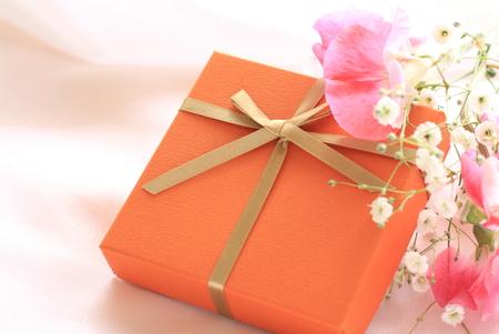 sweet pea: Sweet pea and gift box Stock Photo