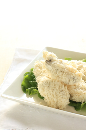 frozen food: frozen food, bread crumbs and oyster