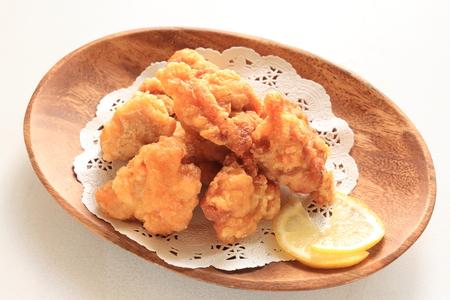 comida japonesa: Pollo frito hecho en casa