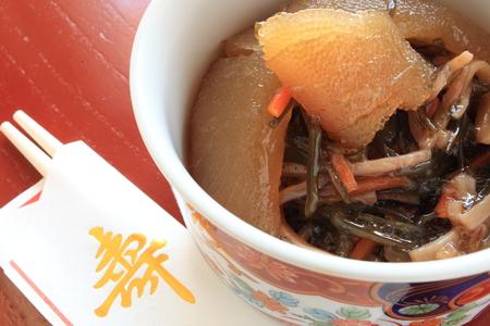 和食煮物正月食品イメージの海藻と魚の卵