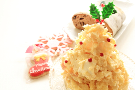 potato tree: homemade potato salad in Christmas tree shaped
