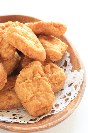 nuggets de pollo: Chicken Nuggets