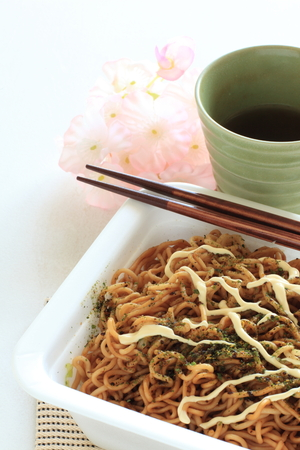 mayonesa: Japanese instant fried noodles with mayonnaise sauce
