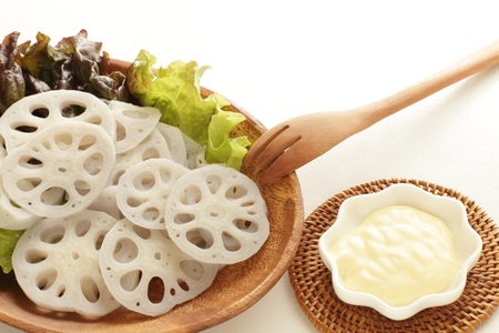 Mayonesa: Boiled lotus roots and mayonnaise