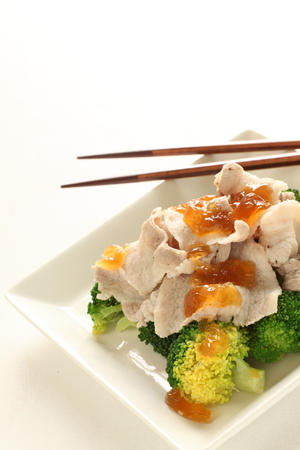 food dressing: Japanese food, boiled broccoli with jelly dressing