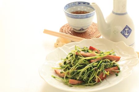 stir fried: bean sprout stir fried with tea