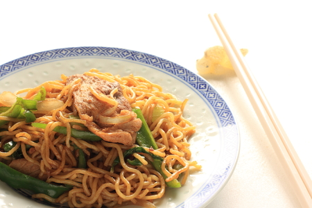 chinese spinach: beef and spinach Chinese fried noodles Stock Photo