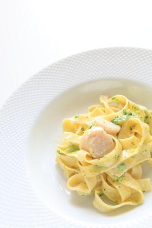 petoncle: Italian food, scallop and fettuccine Banque d'images