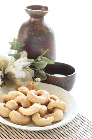 japanese sake: nueces de anacardo y el sake japonés