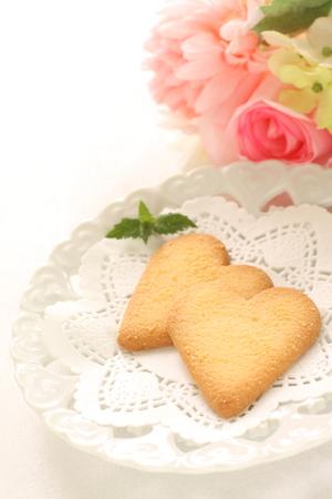 shaped: heart shaped cookie