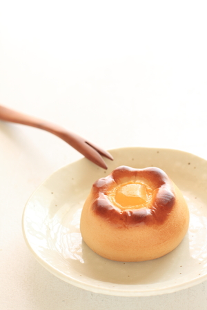 confection: Chinese confection, cake on plate