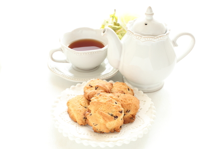 chocolate chip cookie and tea