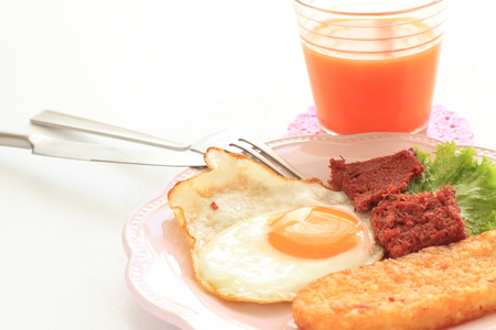 side of beef: pan fried corned beef with sunny side up