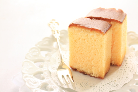 Japanese food, honey sponge cake Stok Fotoğraf