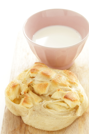 Milk and cheese bread Imagens