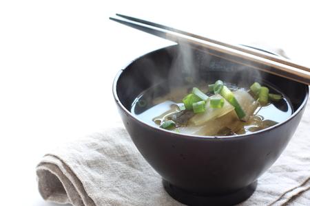 Radish and wakame miso soup