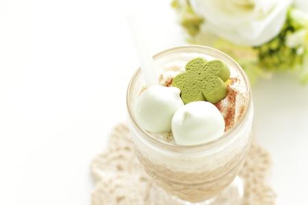 marshmellow: Iced coffee