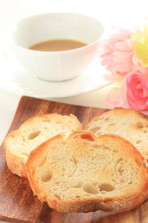 melkthee en toast Stockfoto