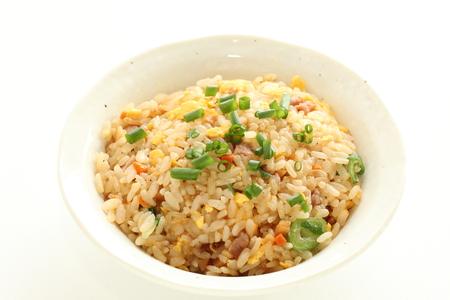 Zelfgemaakte Chinese gebakken rijst