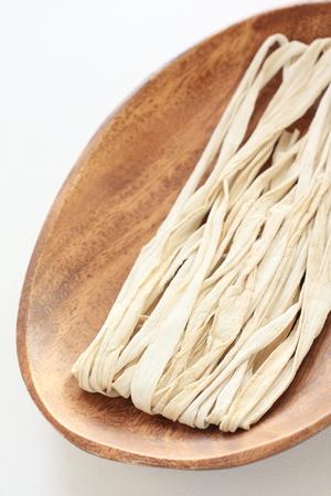 Japanse gedroogde kalebaspaanders van het voedselingrediënt Stockfoto