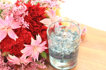 Dianthus flower and aroma candle