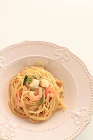 Italian food, green leaf vegetable and seafood spaghetti Reklamní fotografie