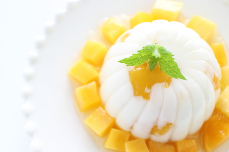 mango and agar jelly for asian sweet food image 版權商用圖片