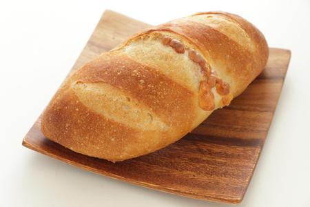 cheese bread on wooden plate 版權商用圖片