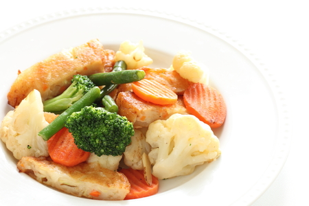 vegetable and fish cake stir fried