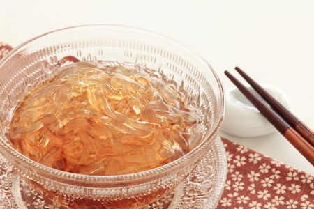 Japanese summer cuisine, Tokoroten Jelly noodles Stock Photo - 100481871
