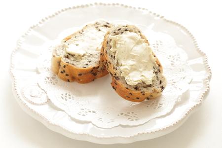cream cheese on black sesame bread open sandwich 스톡 콘텐츠