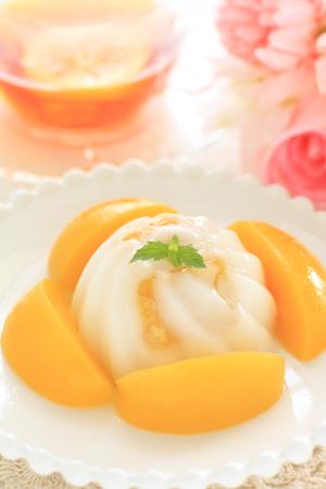 Peach and Almond Tofu 版權商用圖片