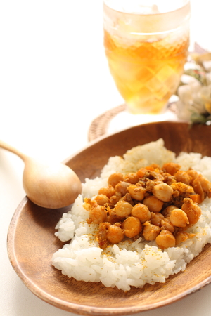 Simmered chick pea and mince beef on rice