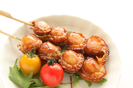 Japanese food, grilled scallop and tomato