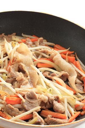 Japanese food, pork fried noodles Stockfoto - 119749181