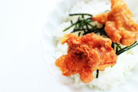 Japanese fried chicken and seaweed on rice Stock Photo - 119057452