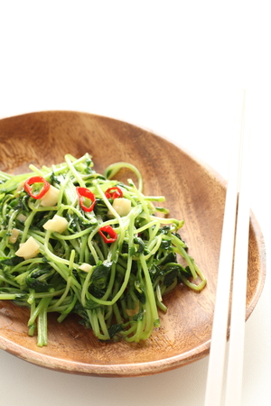 Chinese vegetable and soy sprout and garlic stir fried Stockfoto - 117452717