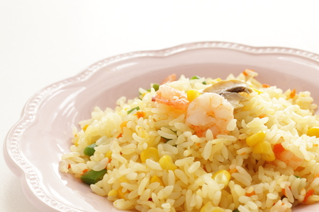 Chinese food, mushroom and shrimp fried rice 免版税图像