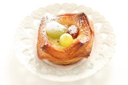 Grape and muscat Danish pastry