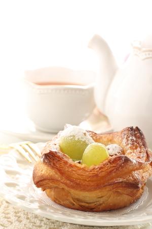 Grape and muscat Danish pastry