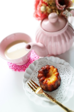 French confectionery, Canele and tea