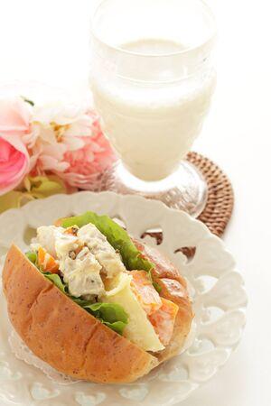 Chicken and potato salad sandwich 写真素材 - 133456183